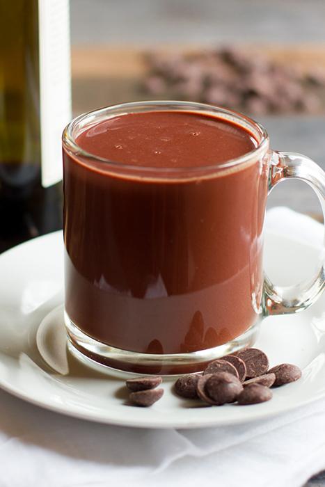 Горячий шоколад с красным вином
