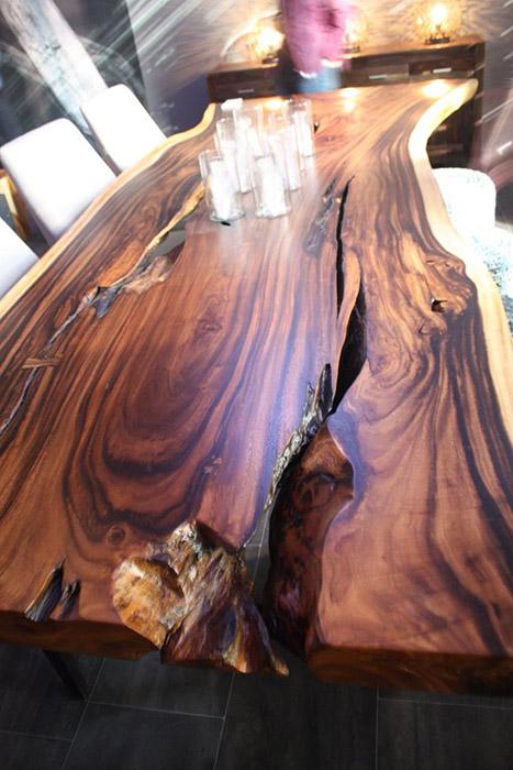 Модный стол с изъянами