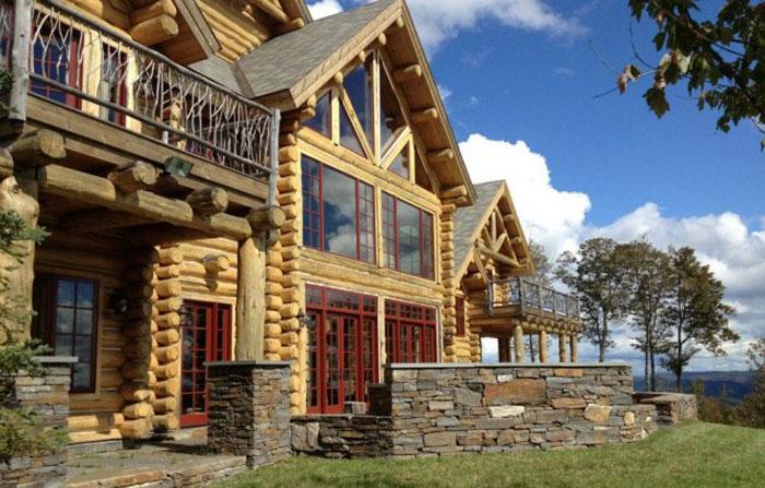 Роскошный дом из дерева