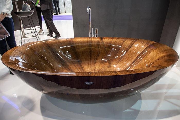 Деревянная ванна – радость для души и украшение для дома