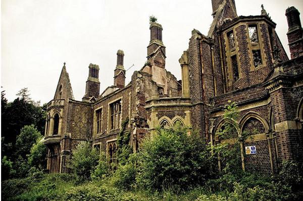 Заброшенный особняк в Уэльсе