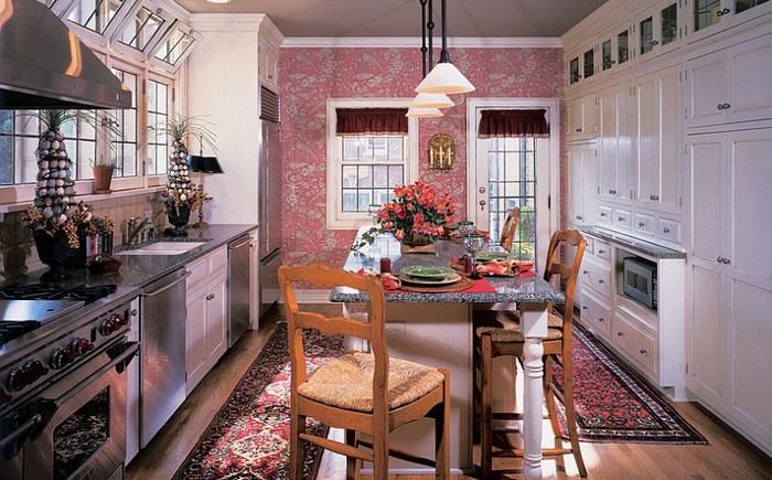 Розовая акцентная стена от Kleppinger Design