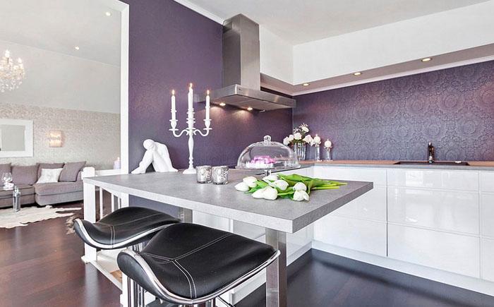 Роскошный сиреневый в интерьере кухни от Sylvia Fridman