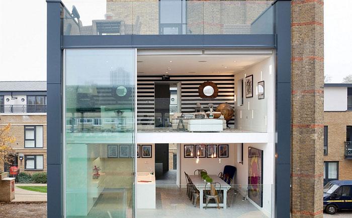 Стеклянная коробка современного жилья