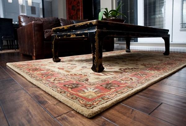Иранские ковры под мебелью