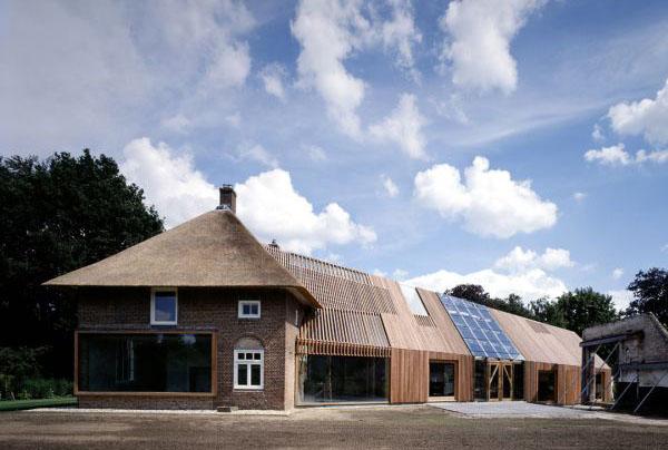 Удивительная трансформация сарая в Зютфене (Голландия)