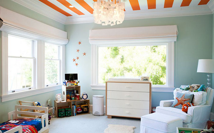 ркий полосатый потолок от Artthaus by Riaz Taplin