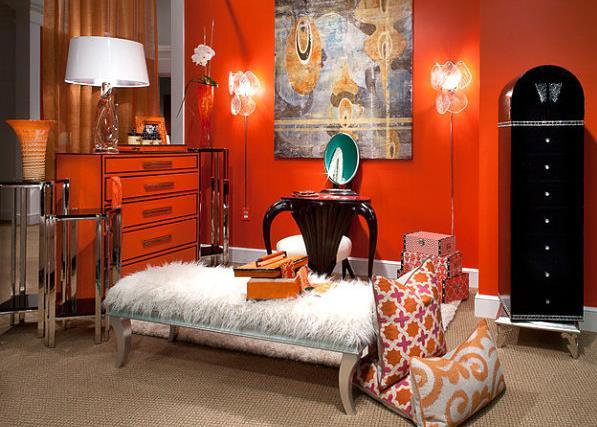 Оранжевый комод с чёрной окантовкой