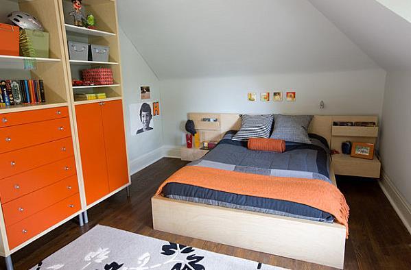 Детская комната с оранжевыми акцентами