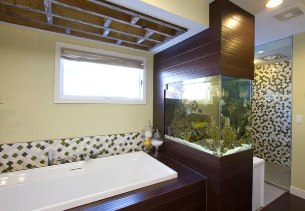 Ванная-океанариум - где найти место для большого аквариума