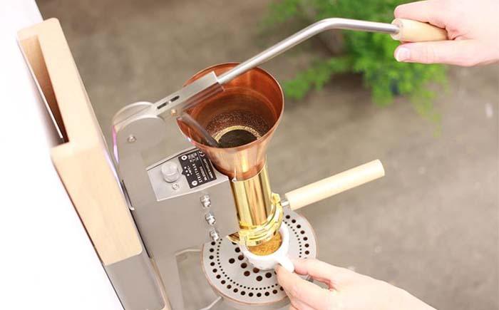 Паровая поршневая кофемашина