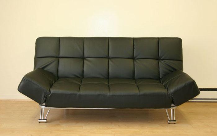 Кожаный диван от J&M Furniture