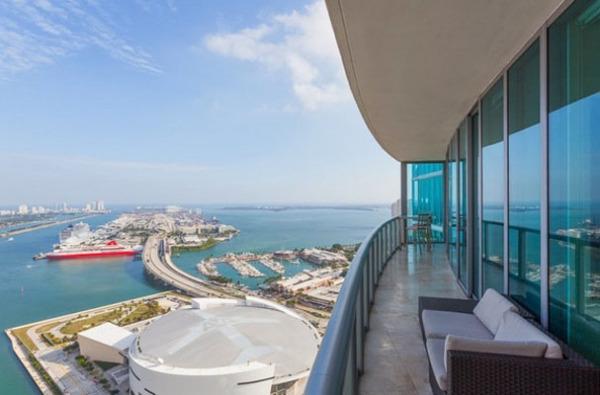 Marina Blue Condominium Penthouse, Майями Бич