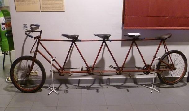 Велосипед-сороконожка
