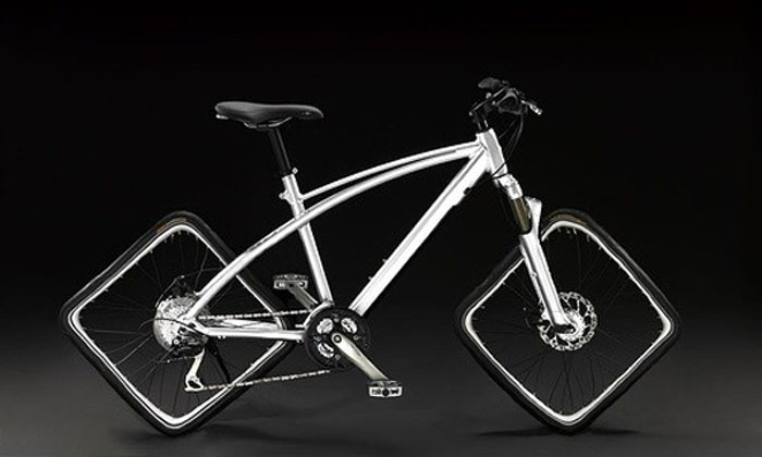 Велосипед с квадратными колёсами