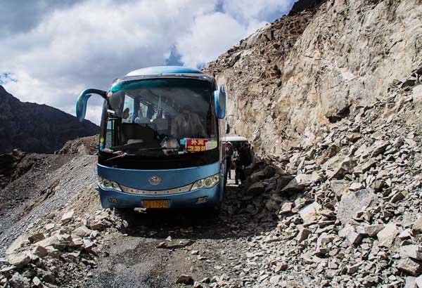 http://www.novate.ru/files/u31123/dangerous-roads-41.jpg