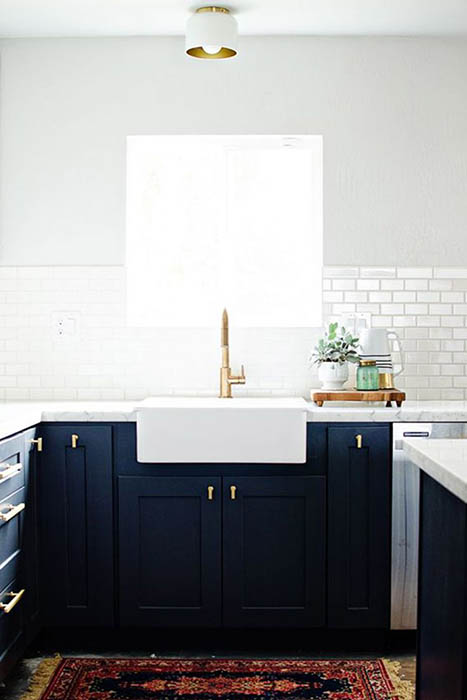 Тёмные кухонные шкафчики своими руками