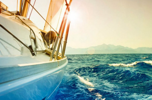 Обзор лучших экологичных яхт-гибридов