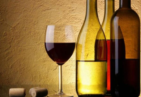 10 самых дорогих бутылок вина в мире