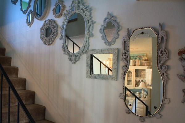 Обзор необычных настенных зеркал в современном интерьере