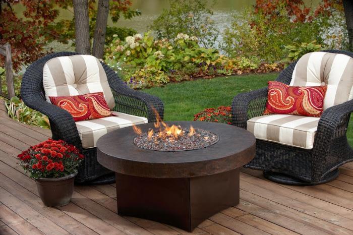 Столы в огне – потрясающее сочетание красоты, стиля и функциональности