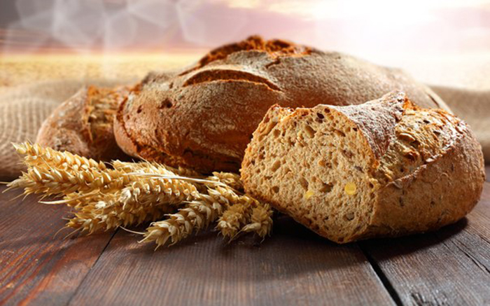 Пшеничный хлеб из муки грубого помола с отрубями