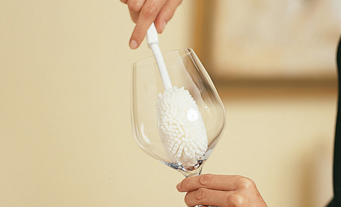 Как нужно мыть бокалы