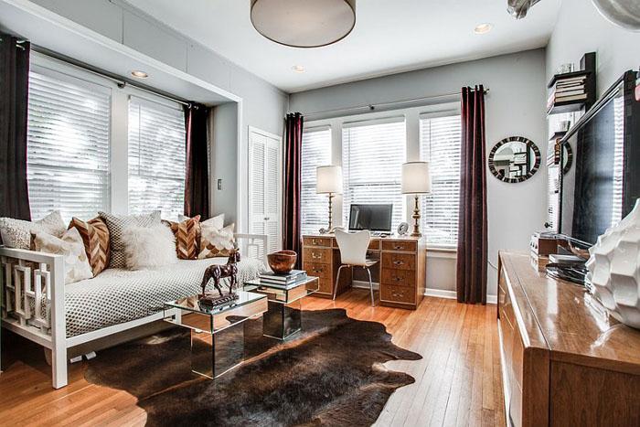 Гостевая спальня, офис и гостиная от Ashley Bell Interiors