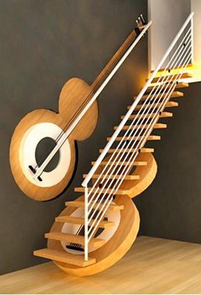 Лестница в виде гитары (Индия)