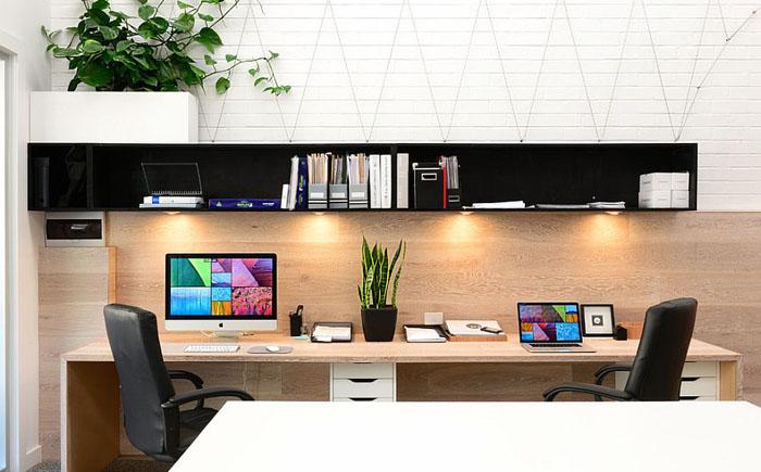 Компактный домашний офис от Lime Building Group