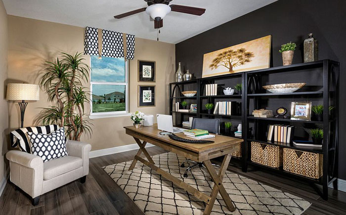 Домашний офис в тропическом стиле от MP Studio Interiors