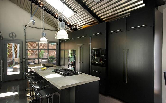Интерьер кухни чёрно белый