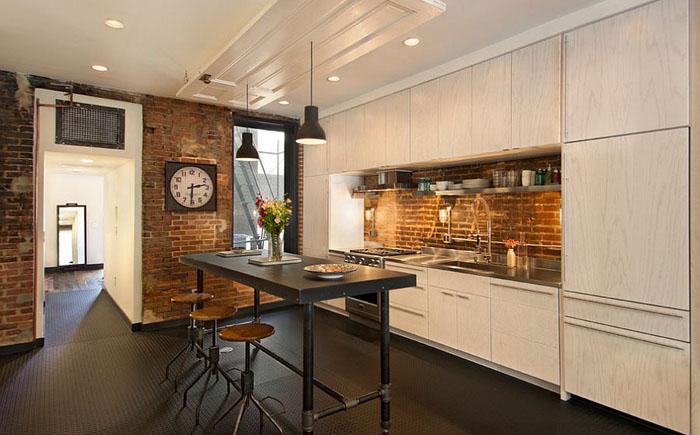 Элегантная кухня в индустриальном стиле от Bennett Frank McCarthy Architects