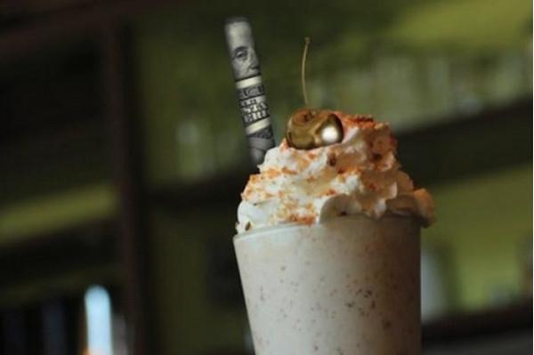 Молочный коктейль  от бара «Дамская комната»