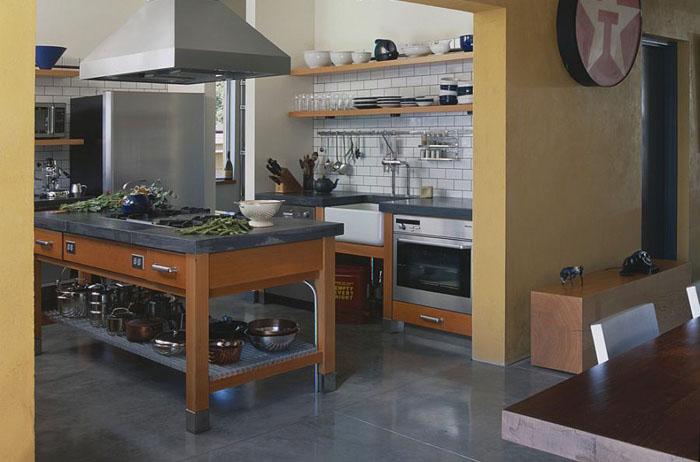 Индустриальная кухня от PLACE architect