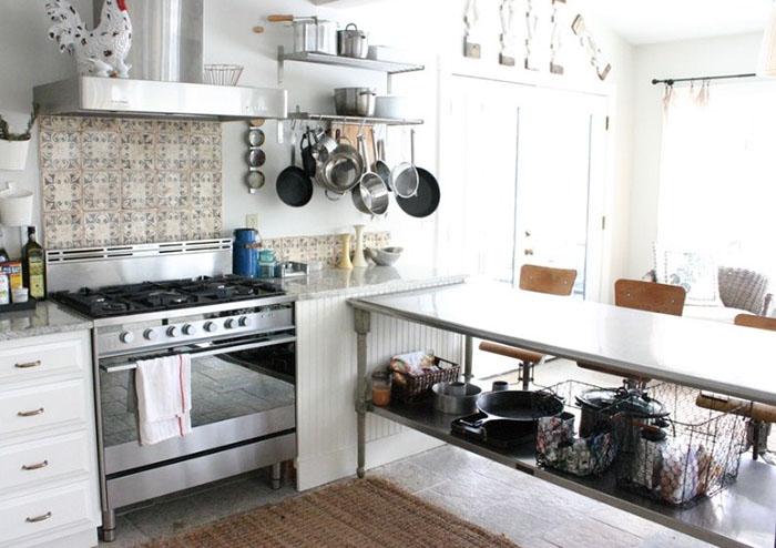Металлический кухонный остров