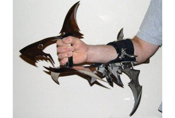 Нож-акула