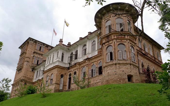 Картинки по запросу Замок Келли