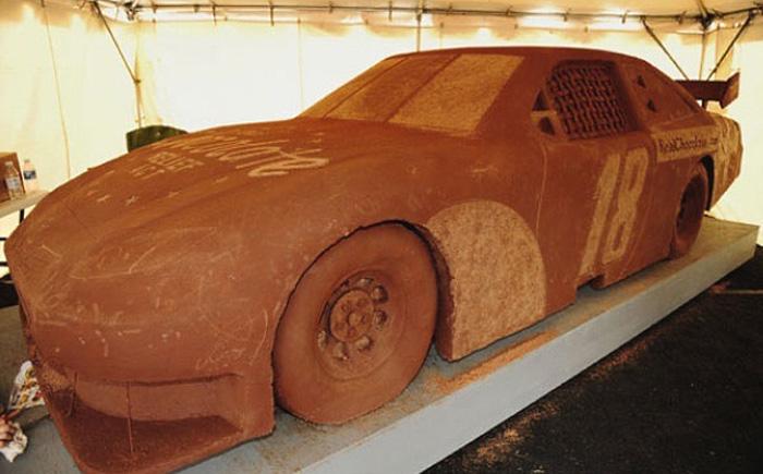 Шоколадная реплика Toyota Camry