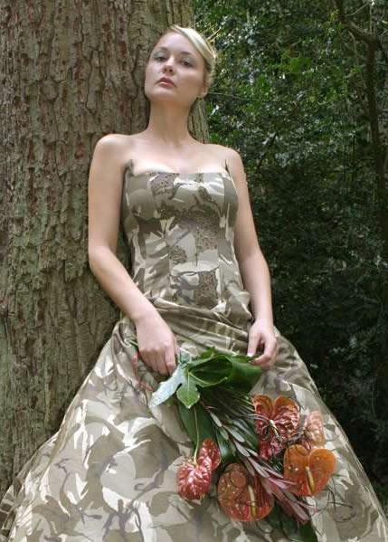 Готовимся к битве за счастье - свадебное платье цвета хаки