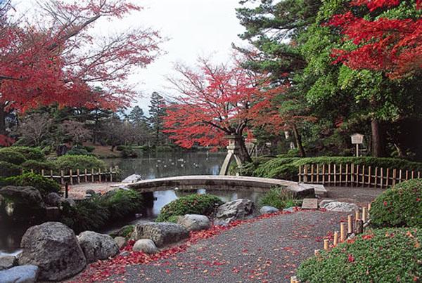 Сад Кэнроку-эн, Исикава, Япония