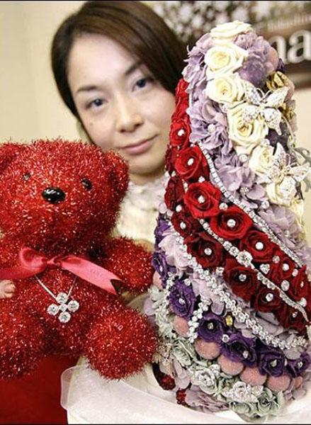 Мини-елка из роз (Takashimaya)