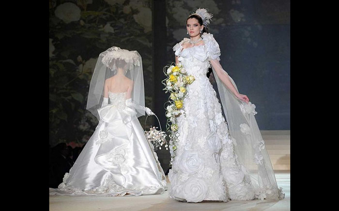 Белое свадебное платье от Ями Катсура