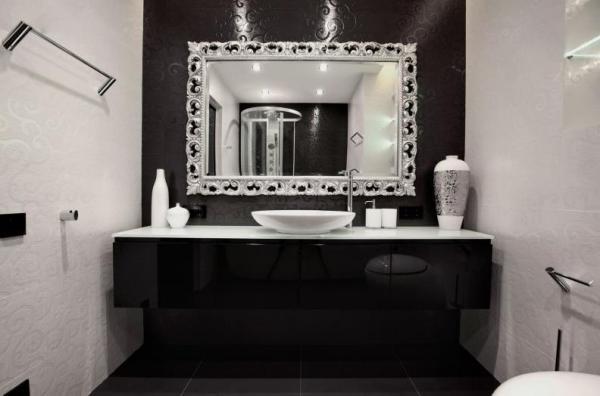 Ванная комната в чёрно-белой гамме