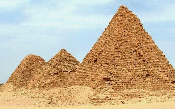 Піраміди Нубії