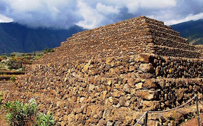 Пирамиды Гуимара