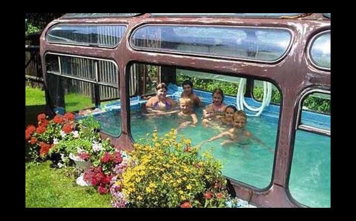 Автобус-бассейн