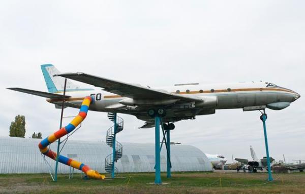 Игровая детская площадка для будущих пилотов