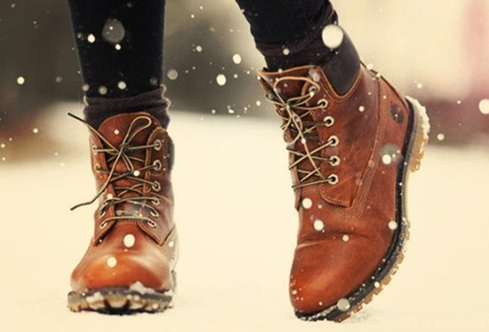 Чем обработать обувь перед хранением