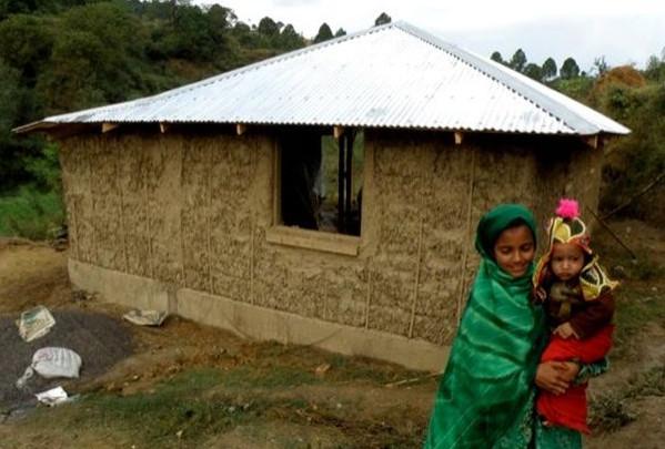 Дом из соломенных блоков стойкий к землетрясениям